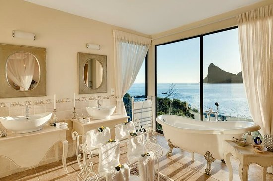Tintswalo Atlantic: Best Bath view