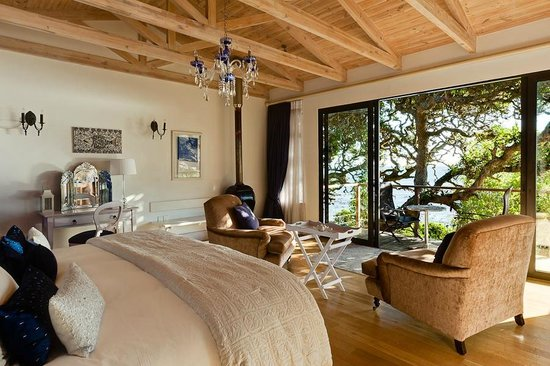 Tintswalo Atlantic: Suite Surrounded by Milkwood trees