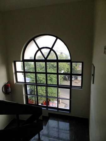 Pondicherry Executive Inn Pvt Ltd:                   Hallway Windows