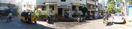 Pondicherry Executive Inn Pvt Ltd:                   Exterior Entrance to Executive Inn