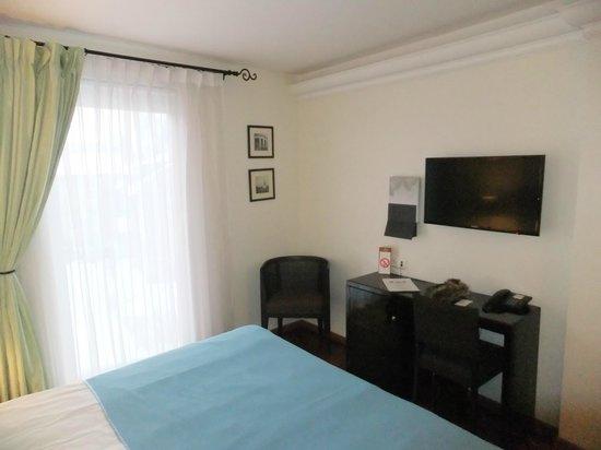 L'Ermitage Hotel: Номер