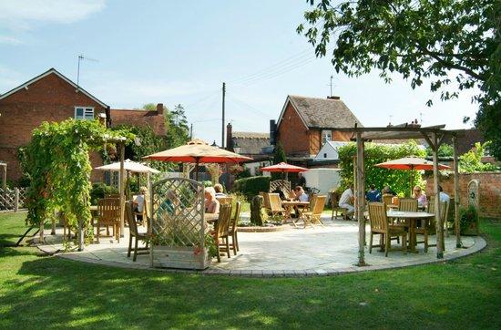 The Bell Inn: Garden View