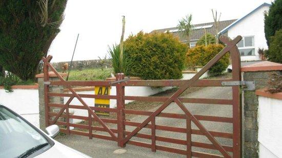 Highland Grange Farm Guest House:                   Highland Grange Farm entry