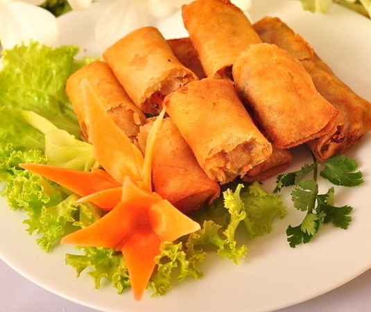 The Greens Chinese Cuisine: spring rolls