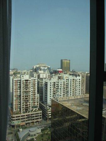 แกรนด์ เมโทร พาร์ค โฮเต็ล ซีอาน: 窓から見える海