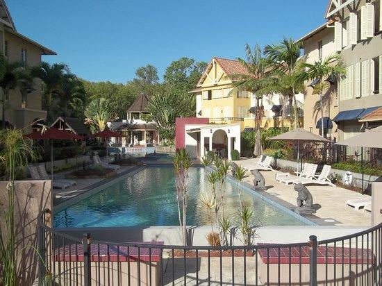 The Lakes Cairns Resort:                   lap pool