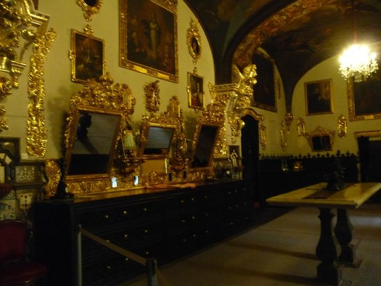 Basílica de San Juan de Dios: Sagrestia