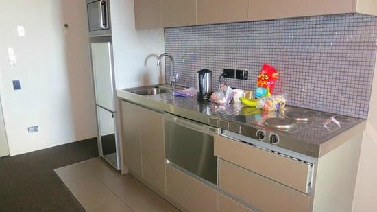 Waldorf Celestion Apartment Hotel :                   Kitchenette