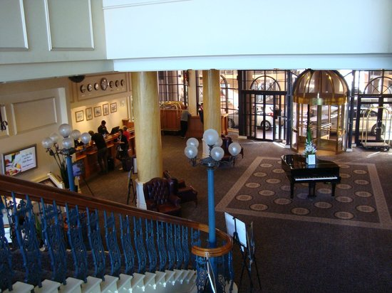 Stamford Grand Adelaide:                   View of foyer from staircase