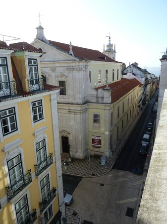 Hotel Borges Chiado:                   View from window at 5th floor 1