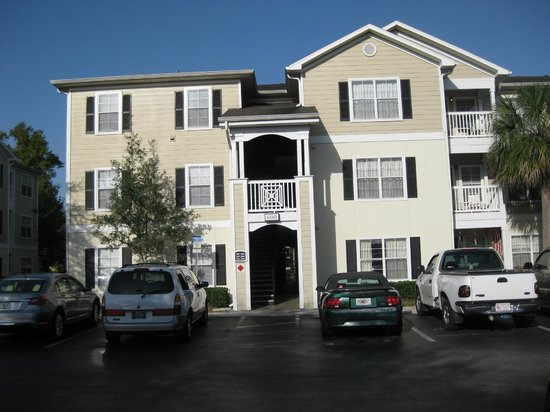 Mainsail Tampa Extended Stay:                   View of one building in the apt complex