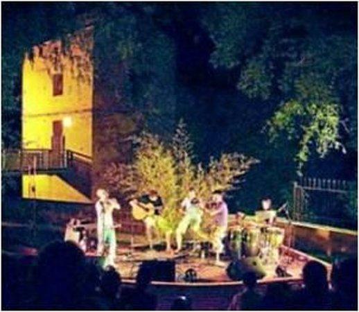 Jardin Botanico de Cordoba:                   Espectaculos nocturnos