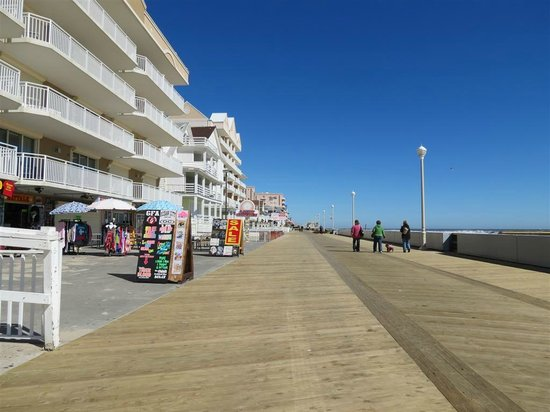 Comfort Inn Boardwalk: Ocean City boardwalk
