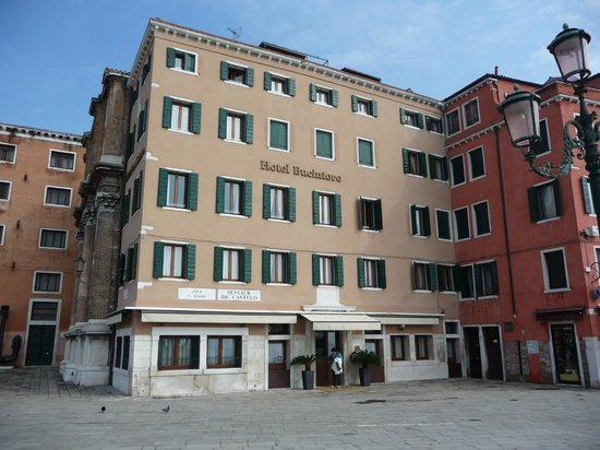 Hotel Bucintoro: The front of the hotel, overlooking San Giorgio