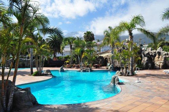 Apartamentos Playa De Los Roques: Piscine