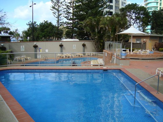 Breakfree Peninsula:                   Outdoor swimming pools