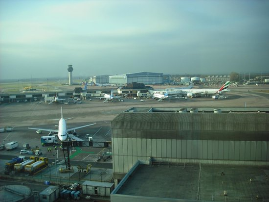 Radisson Blu Hotel, Manchester Airport: View from the Business Class Room