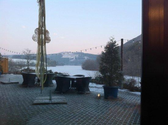 Hotel Diemelsee: Terrace of hotel