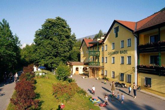 Gasthof Badl im Sommer- Gasthof Badl in summertime