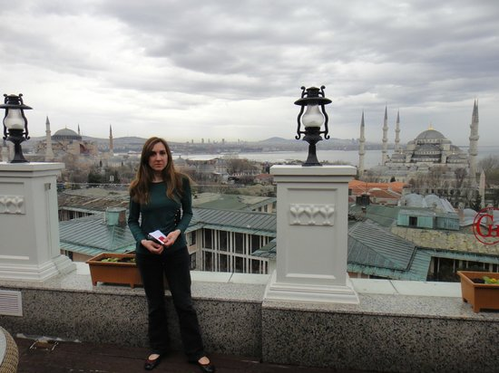 Deluxe Golden Horn Sultanahmet Hotel :                   View from the terrace on the 6th floor