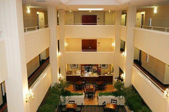 Hampton Inn Cornelia: Lobby
