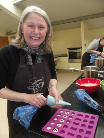 LucyCooks Cookery School: Chocolate treats..