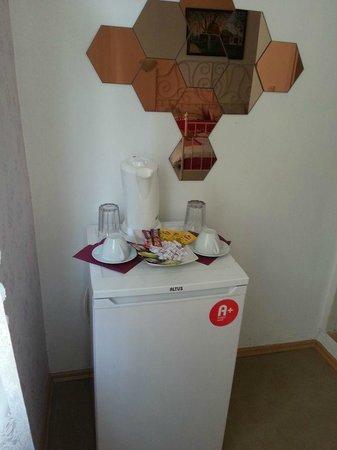Deniz Apart Hotel: free hot drink mini bar