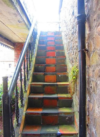 Clenaghans: Rosa Suite - steps to balcony