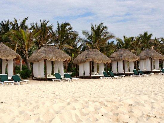 palapa beds on beach - wonderful!