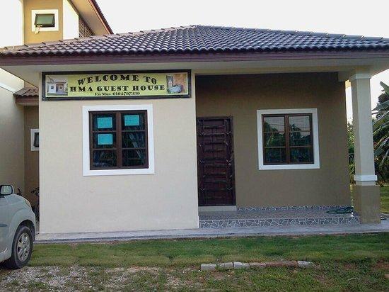 Salak Tinggi, Malaysia:                   hmaguesthouse@gmail.com