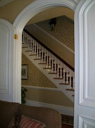 Hamilton-Turner Inn: View of stairs