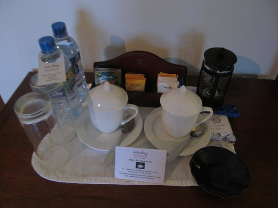 Jetwing Lighthouse: ground coffee and complimentary water