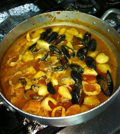 Can Bonachi: Seafood stew