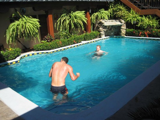 Hotel La Mar Dulce:                   The Pool