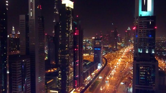 Four Points by Sheraton Sheikh Zayed Road, Dubai:                   rooftop view
