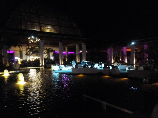 The Grand Mayan at Vidanta Nuevo Vallarta: Santuario stage