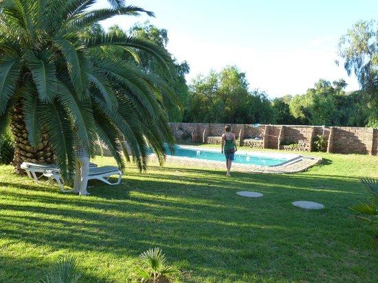 Frischgewaagd Guesthouse: Gartenanlage