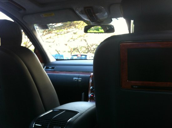 The St. Regis Singapore:                   Hotel limo - a Maybach