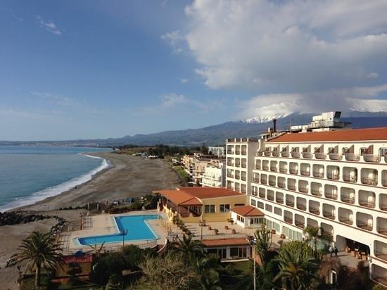 Hilton Giardini Naxos: vue de la chambre 6116