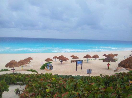 Hotel Las Golondrinas: spiaggia di playa del carmen