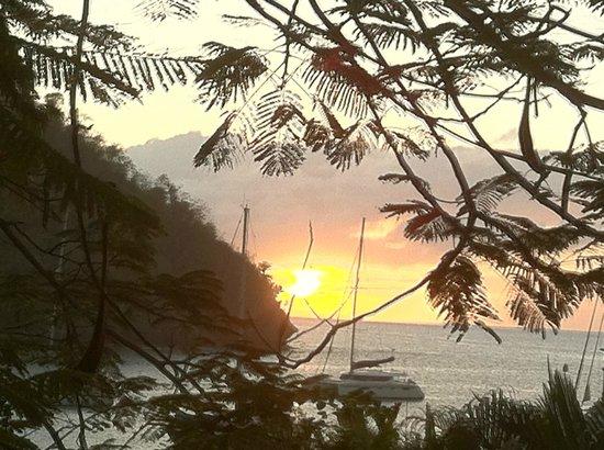 ماريجوت بيتش كلوب آند دايف ريزورت:                   Sunset from our room                 