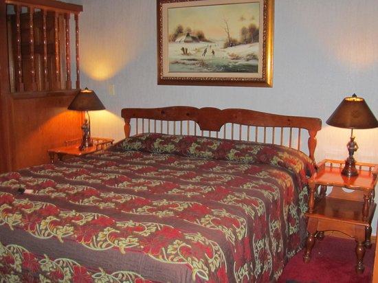Madonna Inn:                   Swiss Chalet Room Bed