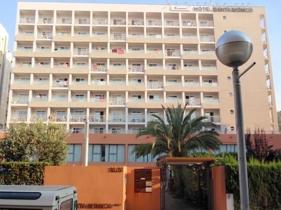 MedPlaya Hotel Santa Monica: Widok na stronę frontową.