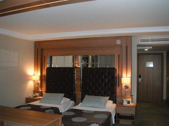 Sueno Hotels Golf Belek: Solid beds