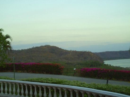 Allegro Papagayo:                                                       The view on the way to our suite