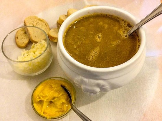 Restaurant La Terrasse : Fish soup with cheese and toasted bread with mayo-mustard dip