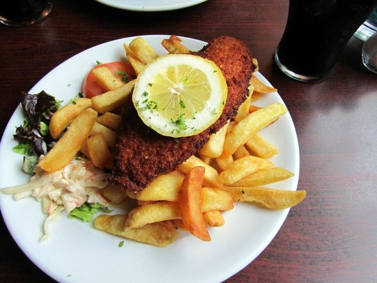 O'Shea's Hotel: fish and chips