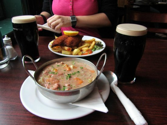 O'Sheas Hotel: irish stew