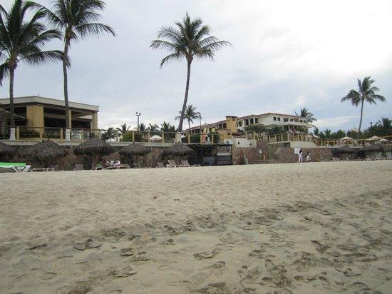 Samba Vallarta All Inclusive: View from beach of Samba