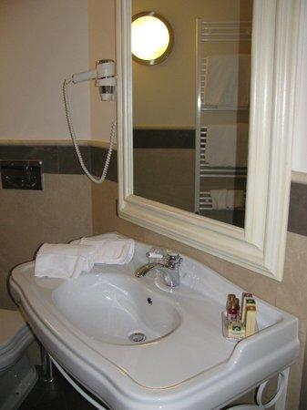 Hotel Palazzo dei Mercanti: Bagno